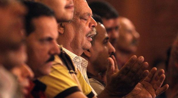 Egypt-CopticChristians=pray