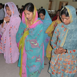 Pakistani Christian women