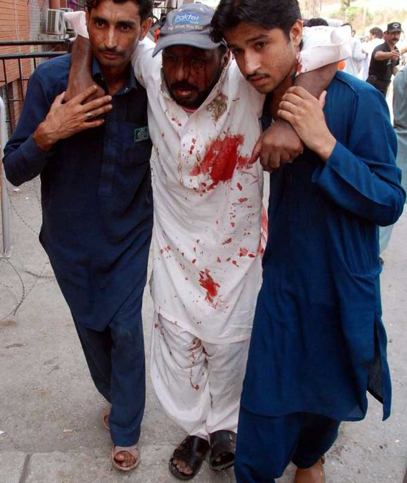 Pakistan-bomb2