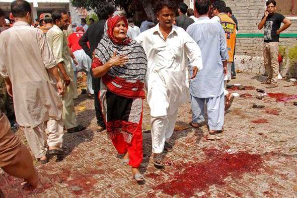 Pakistan-bomb3