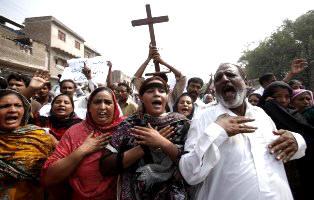 Christians-Peshawar1