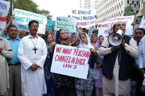 Pakistan-blaphemy-protests