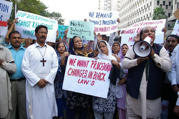 Pakistan-blasphemy-protests