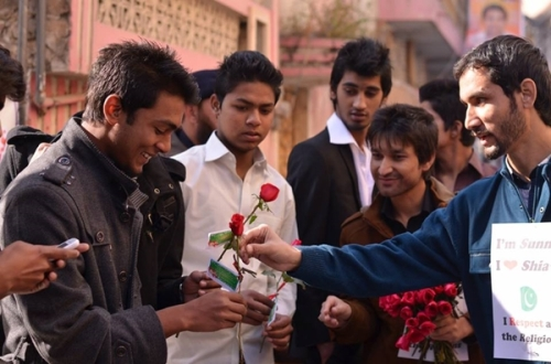 Different faiths distributed Red Roses and Christmas Cards at the Churches of Rawalpindi and Islamabad city  photo-Christians in Pakistan