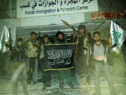 Turkey-sponsored jihadis pose with Islamic flag in conquered Christian Armenian town of Kessab