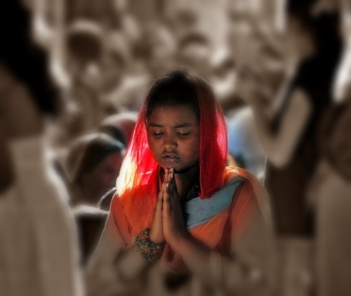 pakistan christian prays