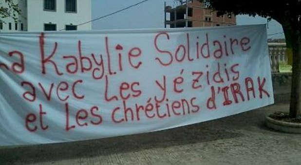 Kabylie-supporting-Iraqi-Yezidi-Christians-sign