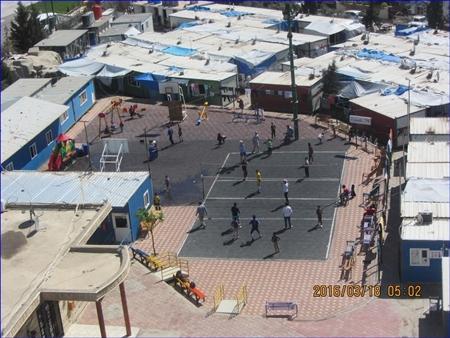 Urban camp holding 94 Assyrian families in Erbil, Iraq. ( Doug Bandow)