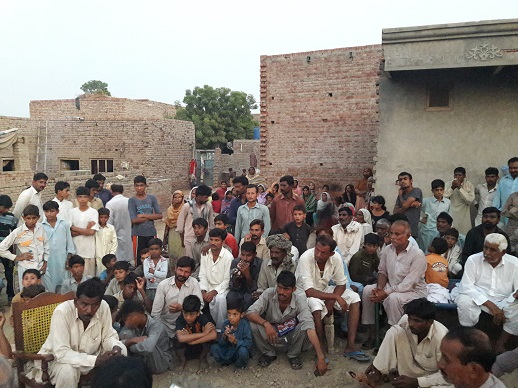people_gathered_on_sunday_evening_to_demand_justice